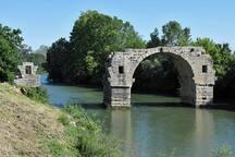 Le Pont Ambroix, pont romain