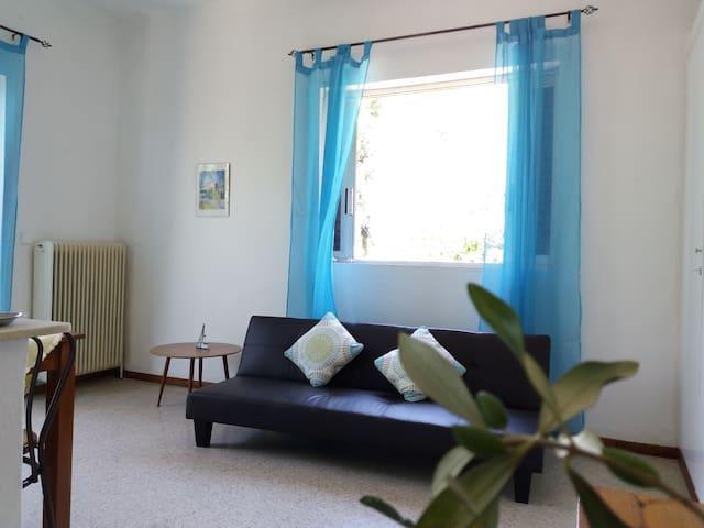 Kerkira flat (Kefalomantouko)