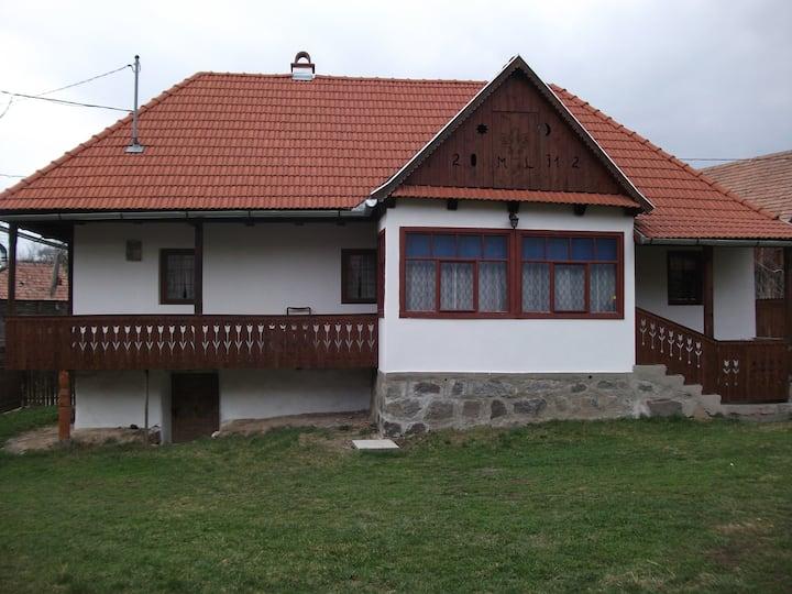 Parasztház Felsősófalván