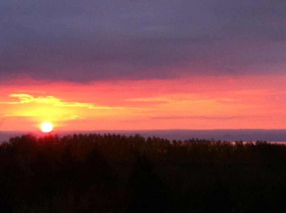 La vue et les couchers de soleil, des plaisirs tous les jours renouvelés
