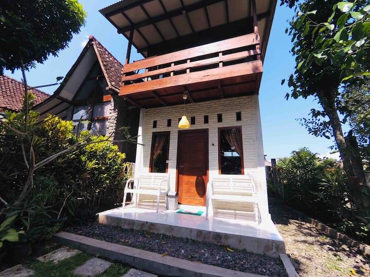 Two Floors Family Cottage-Riverside Jogja