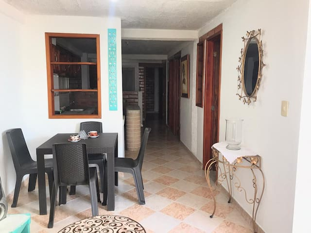 Habitación 2 huéspedes Quimbaya-Zona Cafetera