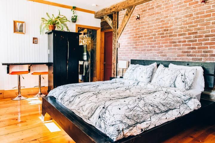 Grande Suite +chillroom