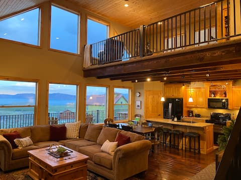 Rustic Luxury with Stunning Views of Bear Lake!