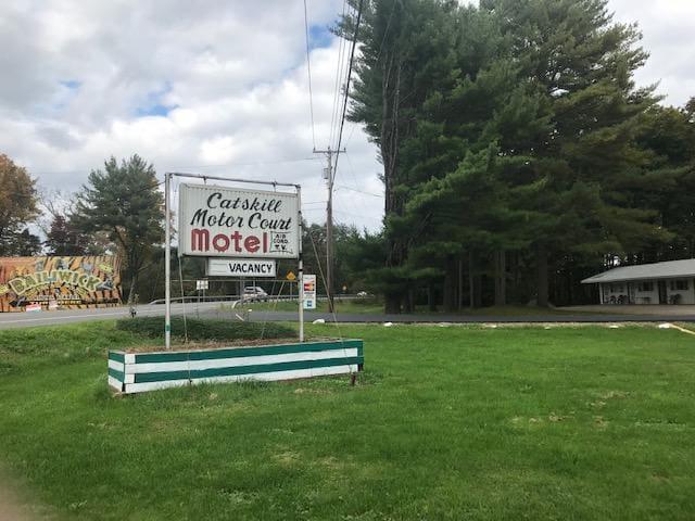 Catskill Motor Court
