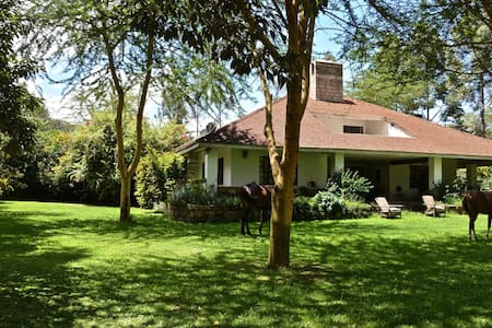 Lucita Farm Guest House Two in Naivasha - Talo