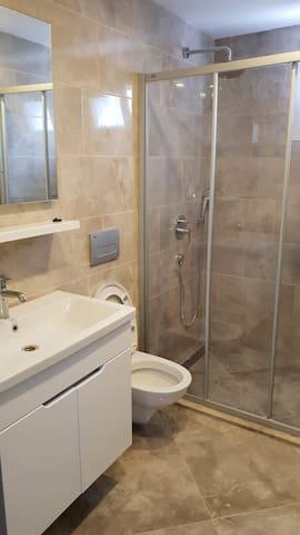 Sakin temiz güvenli geniş ve rahat bir yasam için.