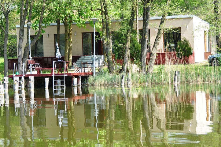 Dom nad Jeziorem Gwiazda z sauną