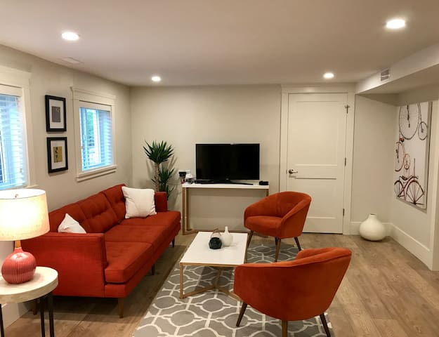 Modern suite in trendy Commercial Drive area