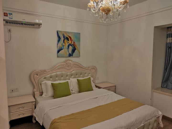 云宾集【揽境】2室2厅2卫东南朝向奢华高配置溪景公寓