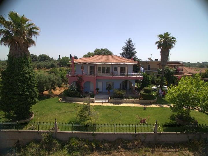 Giorgos house