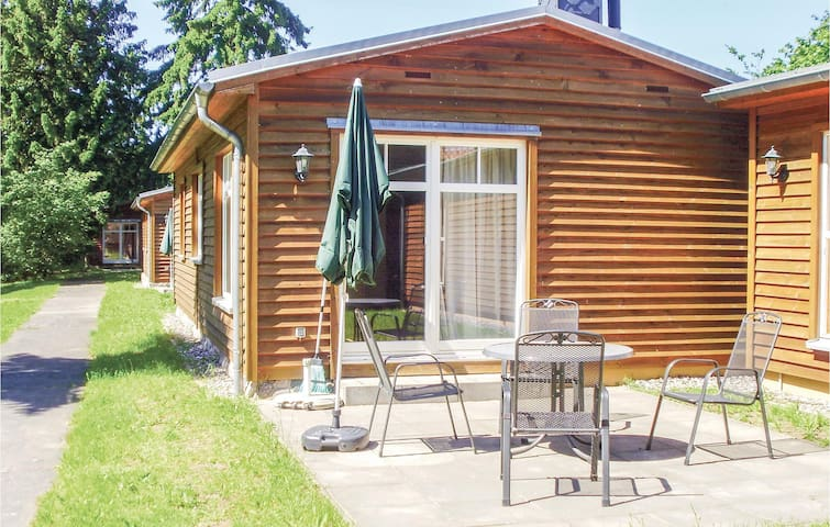 Holiday cottage with 2 bedrooms on 50m² in Settin