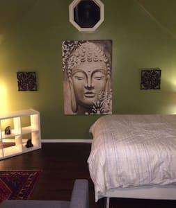 Modern Zen Oasis - Berea