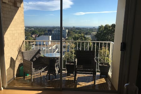 Penthouse apartment, great views of Sydney - Centennial Park - Apartmen