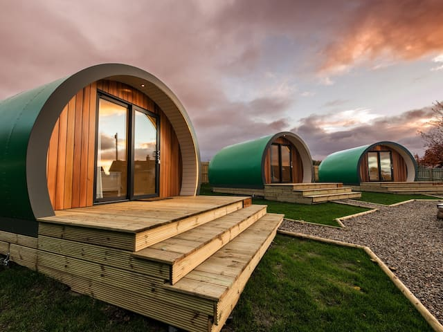 Inverness Glamping - Luxury Pods - Euan