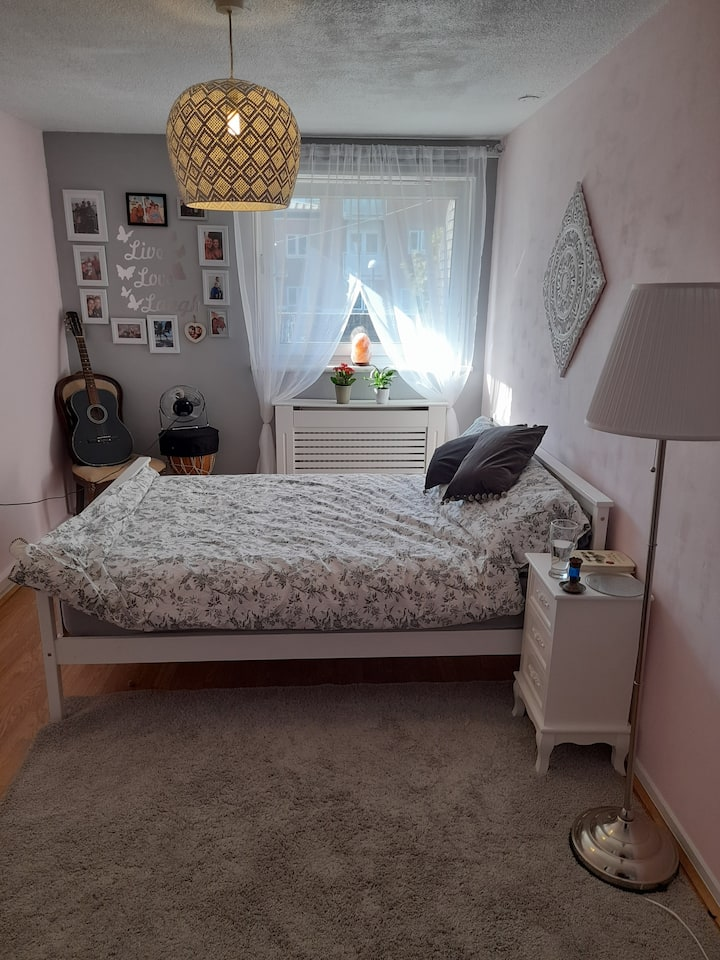 Double room, DOG friendly flat-females only pls