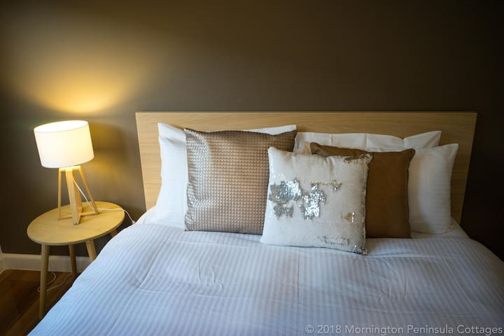 Hotel grade quilts and sheets provided