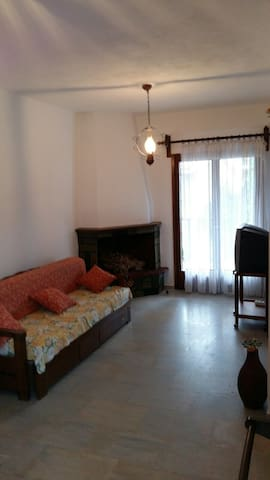 Quiet apartment,  only 80m away from the  beach - Pefkochori - Apartmen