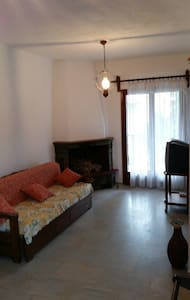 Quiet apartment,  only 80m away from the  beach - Pefkochori - 公寓