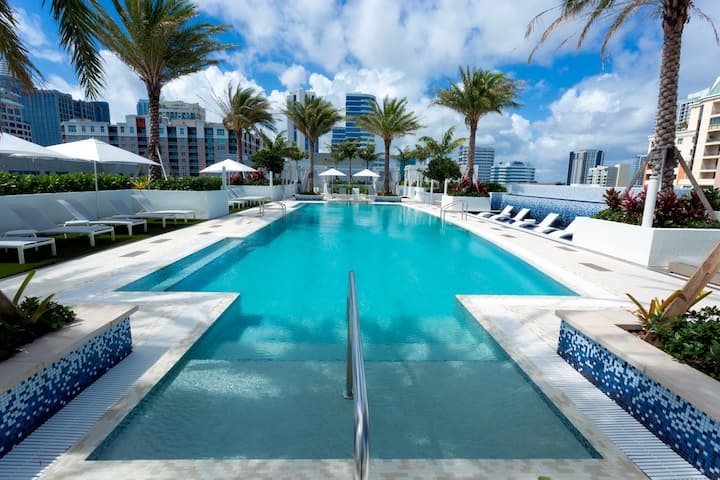 A home you will love | 2BR in Fort Lauderdale
