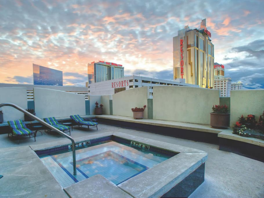 Roof Deck Hot Tub!