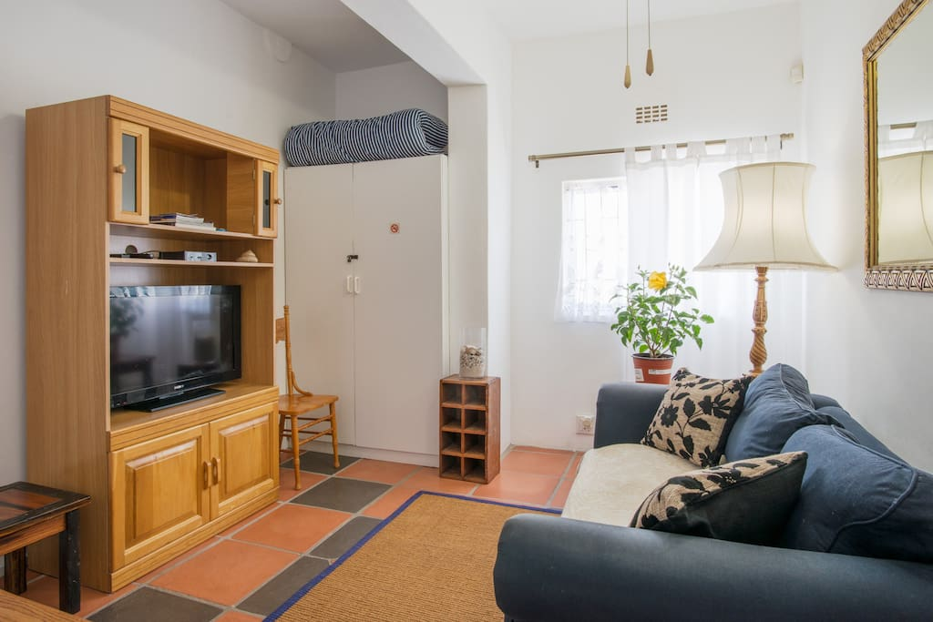 Extra bedroom/lounge with TV