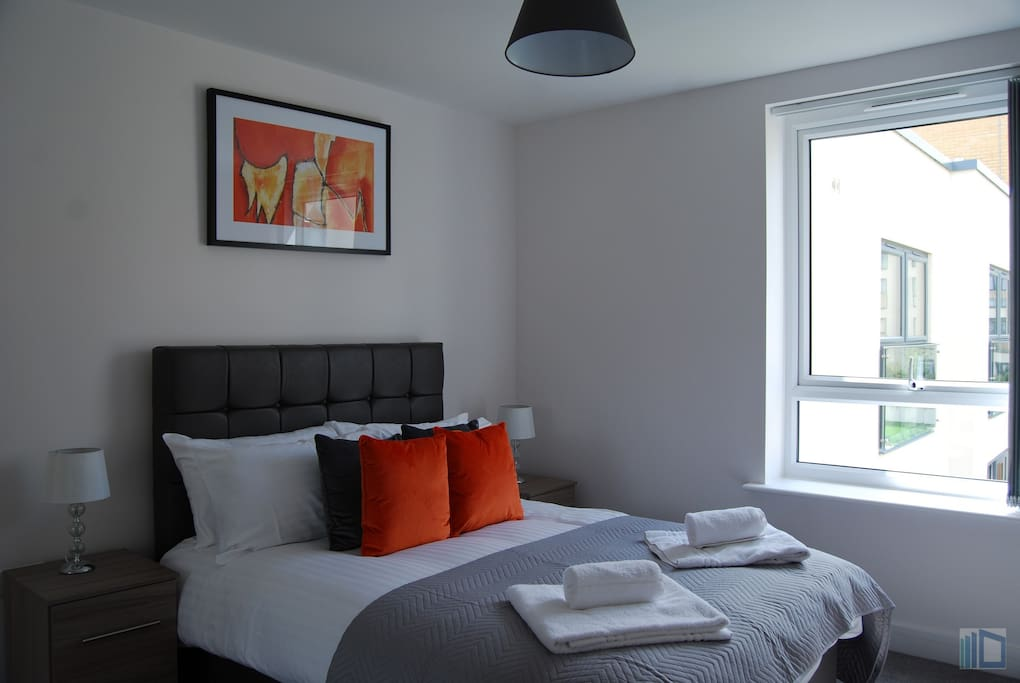 Comfortasble good sized bedroom with double bed