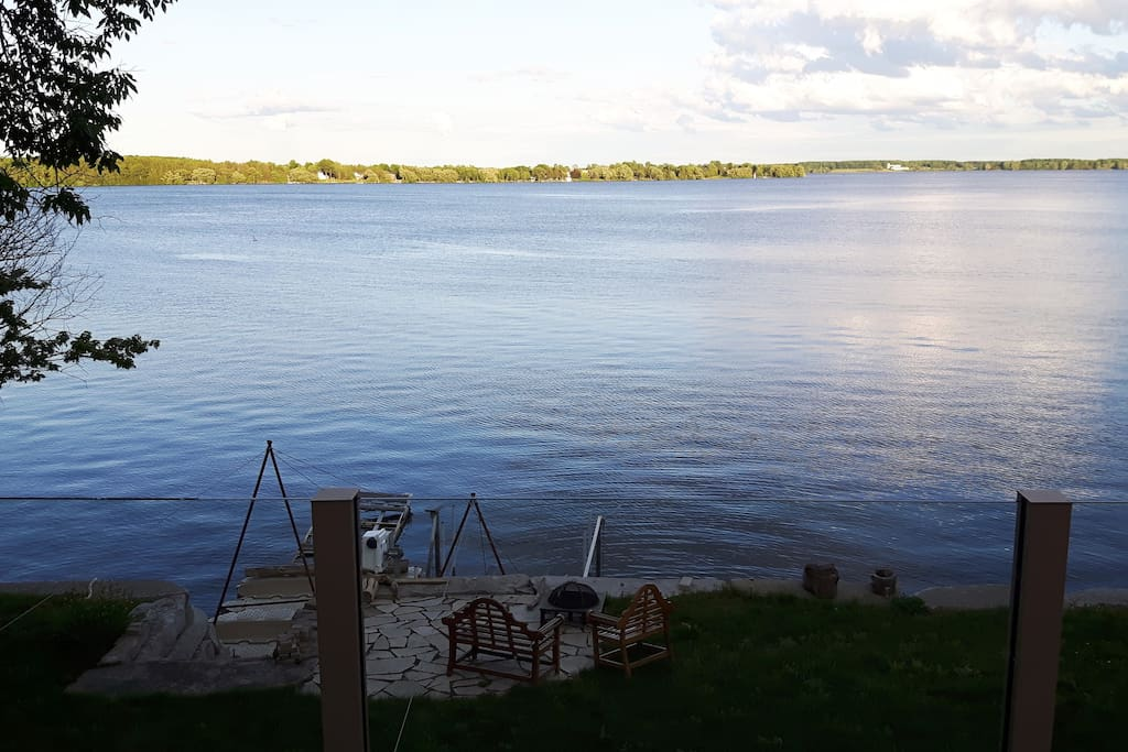 100' of private shoreline - this unobstructed view is hard to come by