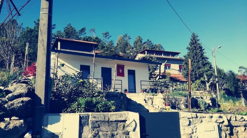 Moradia T1 - Pico de Regalados - House
