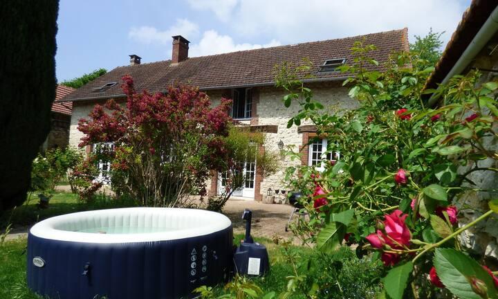 Etable rénovée à 300m des jardins de Monet