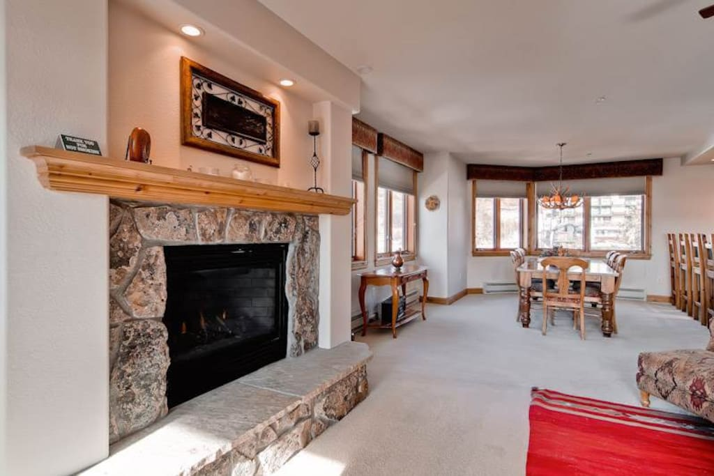 Fireplace,Hearth,Dining Table,Furniture,Table