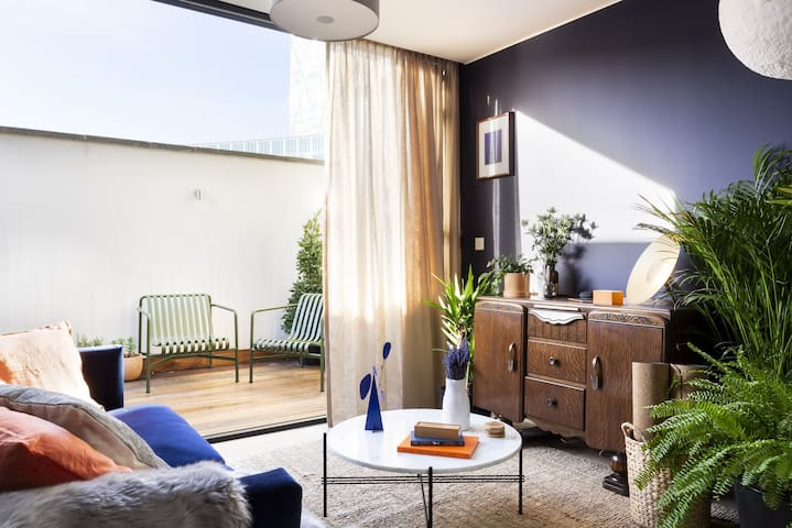 Cuckooz | Stunning Zen Penthouse Apartment