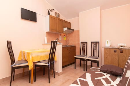Apartment Marija / One bedroom - Pula