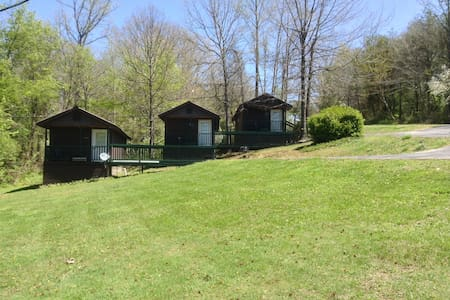 Top 20 morehead vacation rentals vacation homes condo for Daniel boone national forest cabins