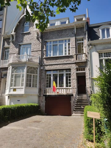 """L'ambassade"" is a charming Belgian house"