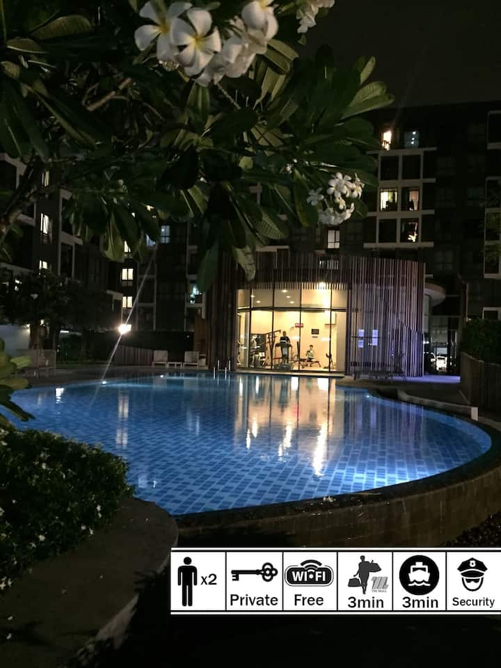 ENTIRE CONDOMINIUM, Free Wifi/Gym&Pool/Parking