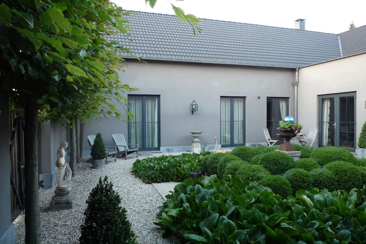 Comfortable Holiday Home near Forest in Bilzen