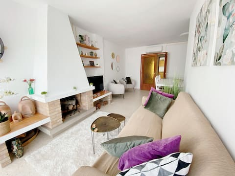 Bright appartement with sea views in Palamos