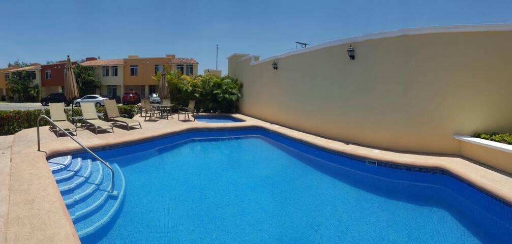 Casa con Alberca