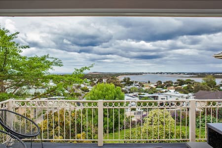 Ocean Grove View Apartments