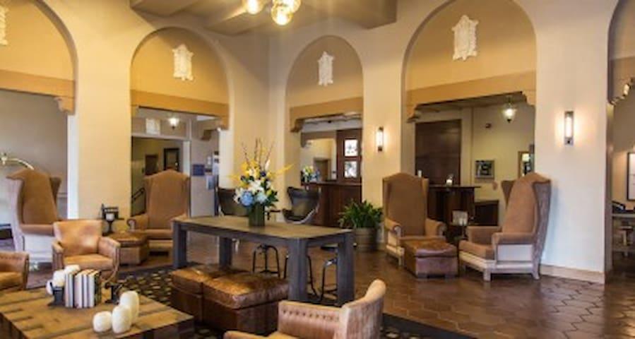 1 Room at Hotel Durant 5/13-5/14 - เบิร์กลีย์ - ที่พักพร้อมอาหารเช้า