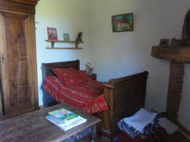 Chambre des garçon deux lits simple
