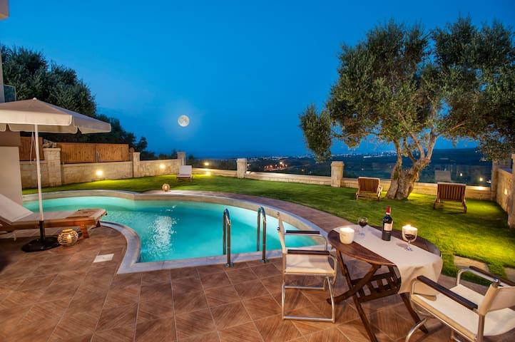 Dsk Villas-Dimitrios,full privacy, stunning view!