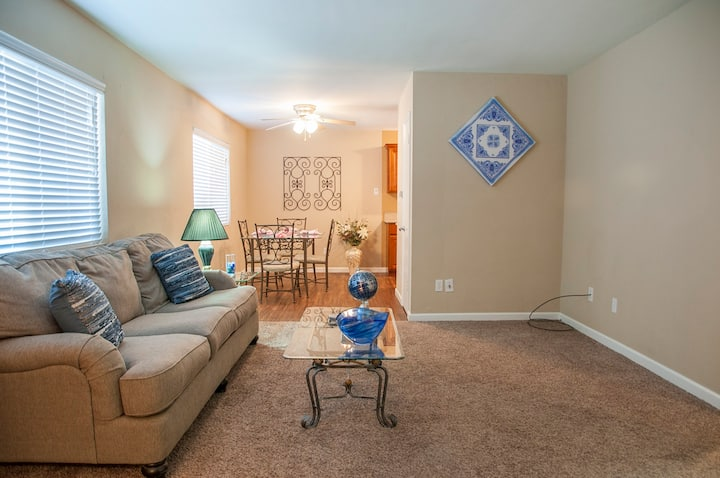 Affordable, Great Decor, Awesome Location!