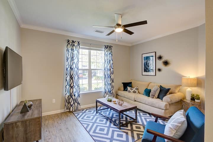 Your home away from home | 3BR in Fort Collins