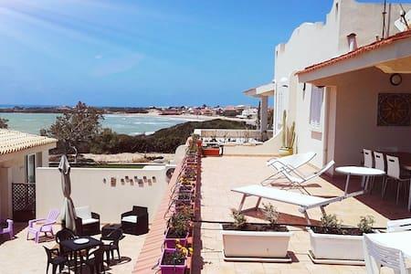 """Casa Vacanze """" Villa Ida """" - Punta Braccetto - Casa de camp"""