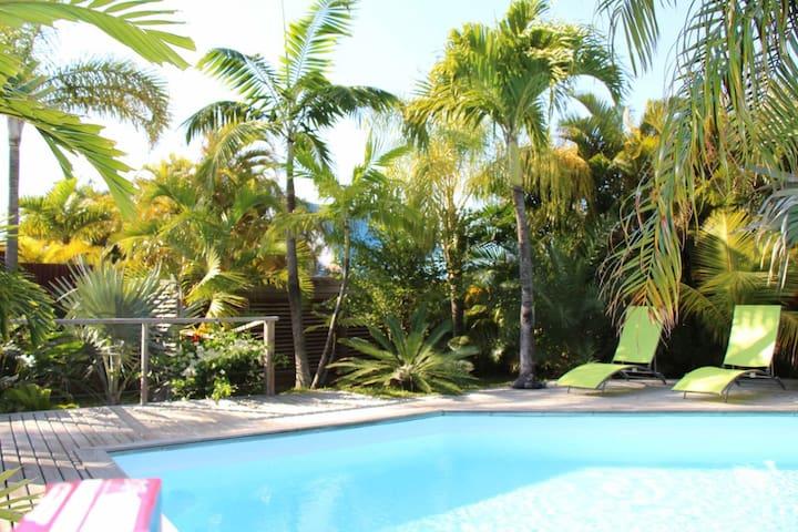 Studio + piscine + cuisine ext + jardin tropical - Manapany-Les-Bains - Apartment-Hotel