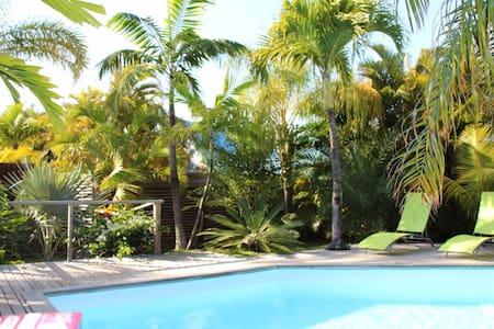 Studio + piscine + cuisine ext + jardin tropical - Manapany-Les-Bains