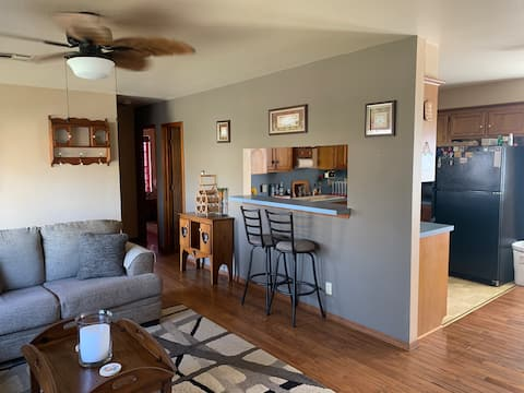 Marnie's Clean, Quiet, Ponca House