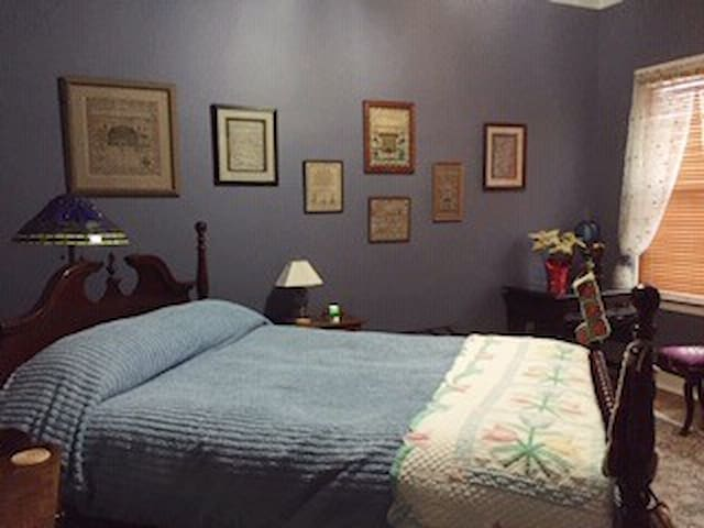 Lincoln Room #3